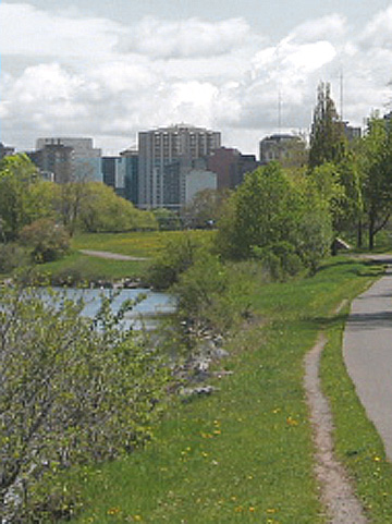 Ottawa river bicycle path